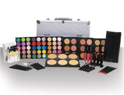 Deluxe Hollywood Makeup Kit - Light to Dark