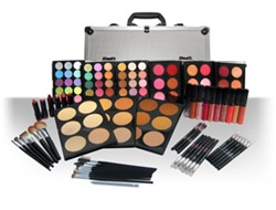 Advanced Hollywood Makeup Kit - Light to Dark